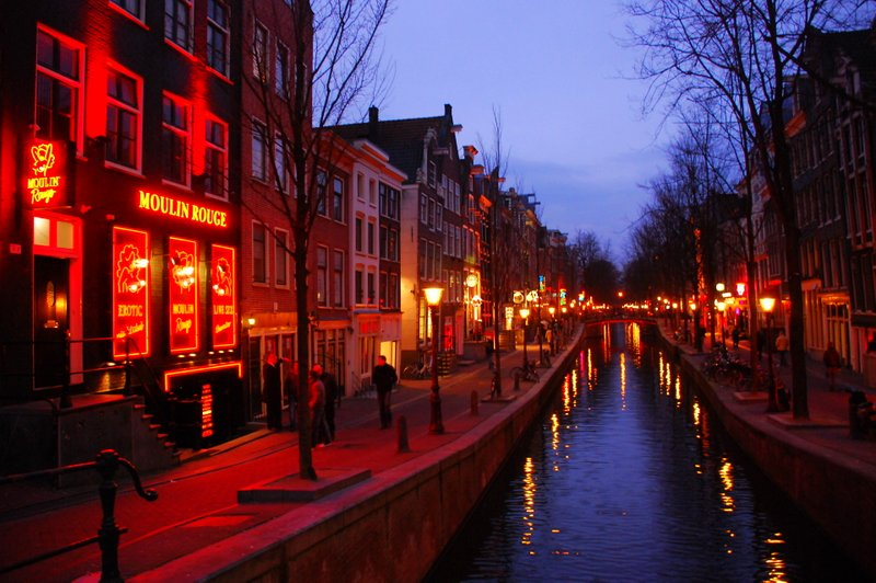 бесплатные развлечения в Амстердаме красные фонари