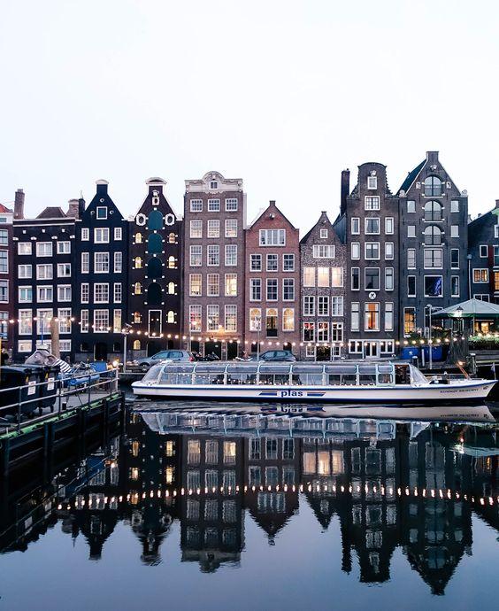 бесплатные развлечения в Амстердаме каналы