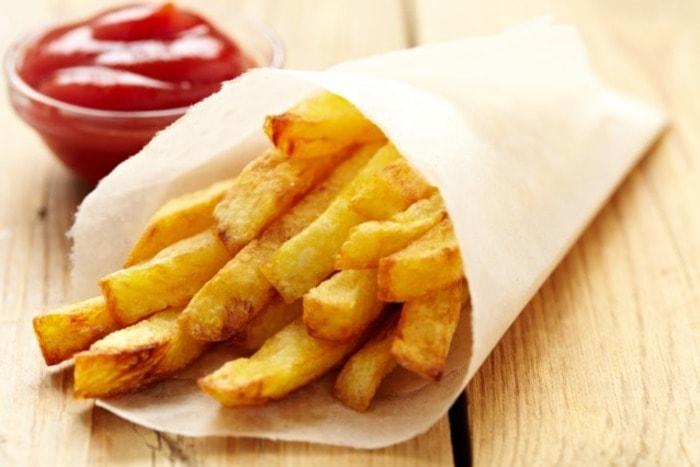 что попробовать в Голландии-картофель фри