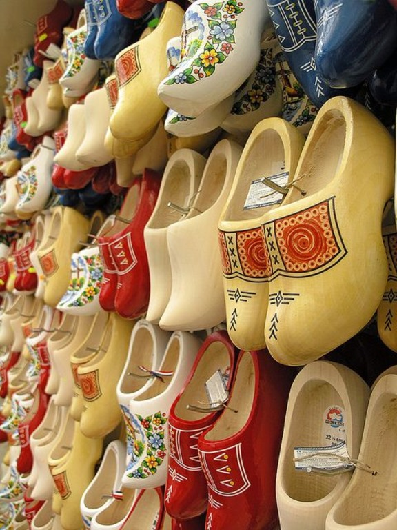 сувениры из Амстердама кломпы
