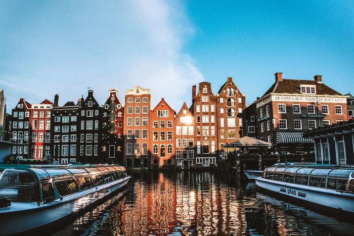 факты об амстердаме rfyfks d fvcnthlfvt