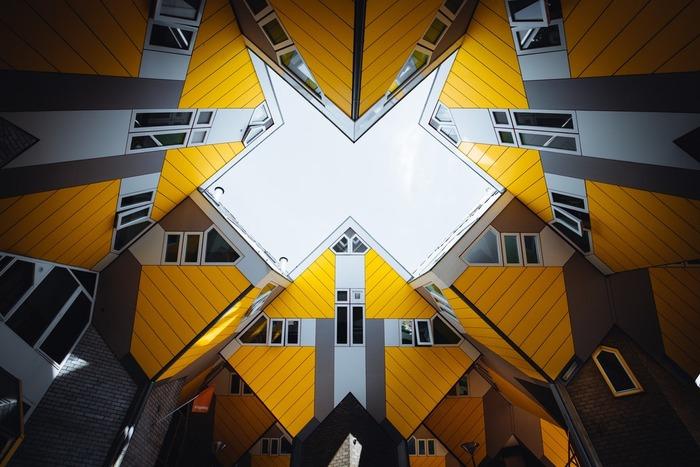 факты об амстердаме кубические дома