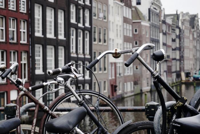 факты об амстердаме велосипеды