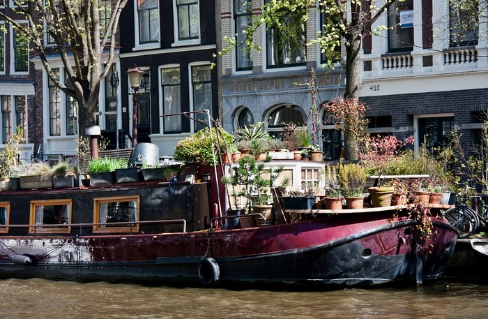 плавучие дома на каналах амстердама