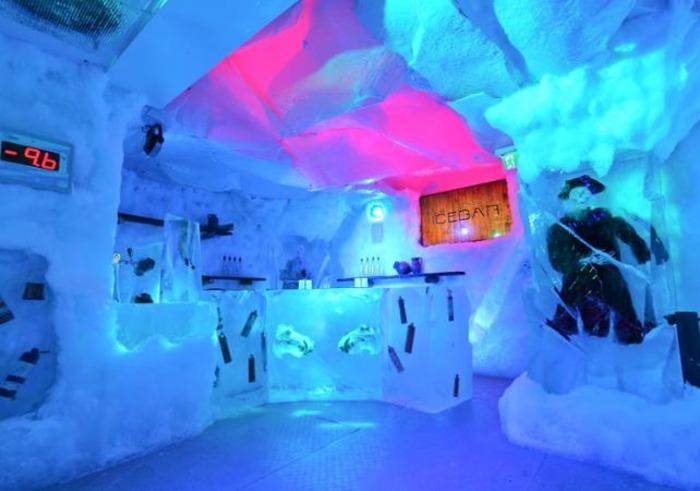 Ice bar внутри