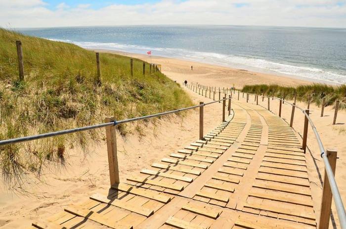 пляжи в нидерландах Kijkduin