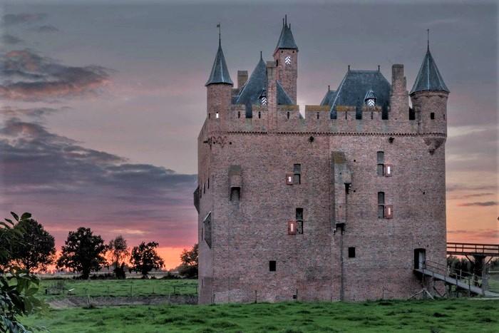 замки нидерландов Дорненбург
