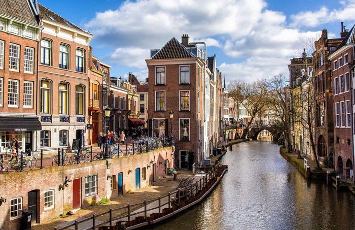 съездить из амстердама Утрехт