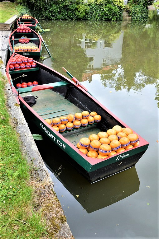 сырные рынки на лодках