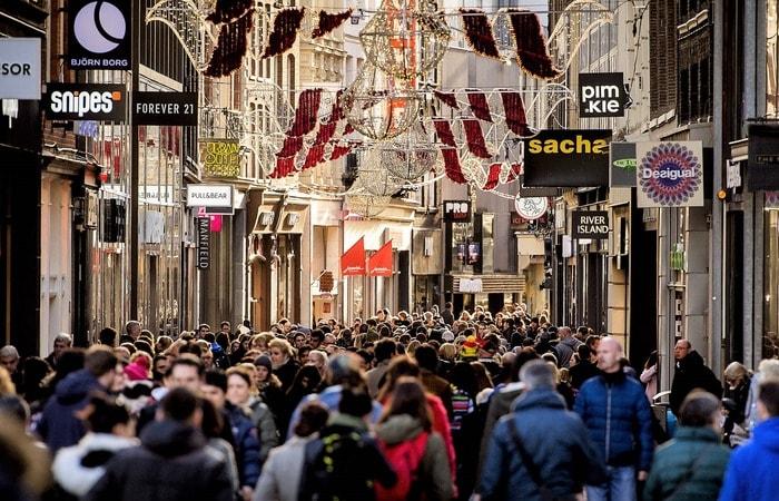 Места в Амстердаме_Kalverstraat