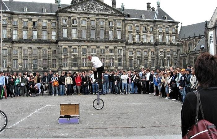 Амстердам бюджетно площадь Дам