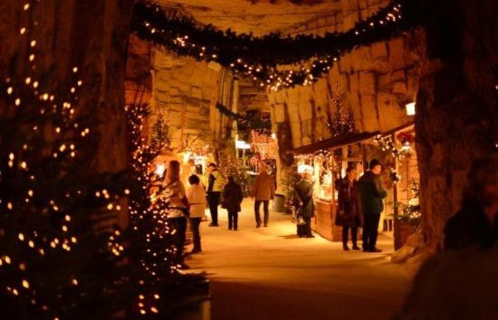 Валкенбург Бархатная пещера
