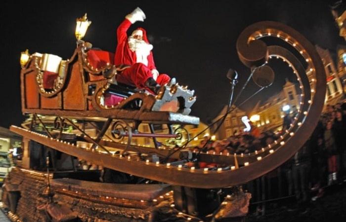 Валкенбург рождественский парад