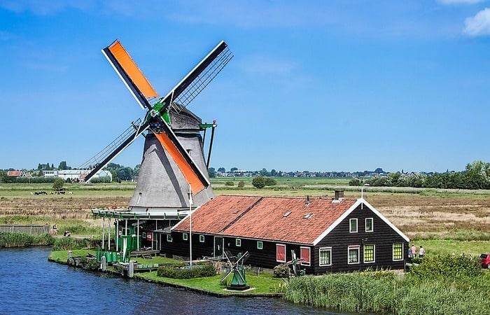 День мельниц в Голландии